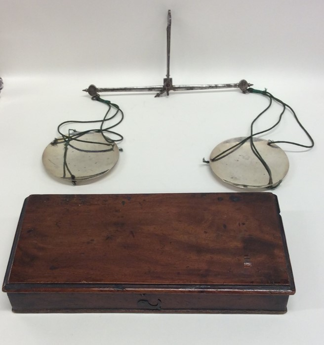 Lot 14 - A good pair of Georgian silver chemist scales with