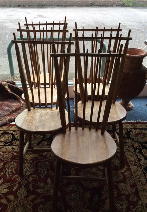 Lot 1519 - A good set of six stylish Danish dining chairs wit