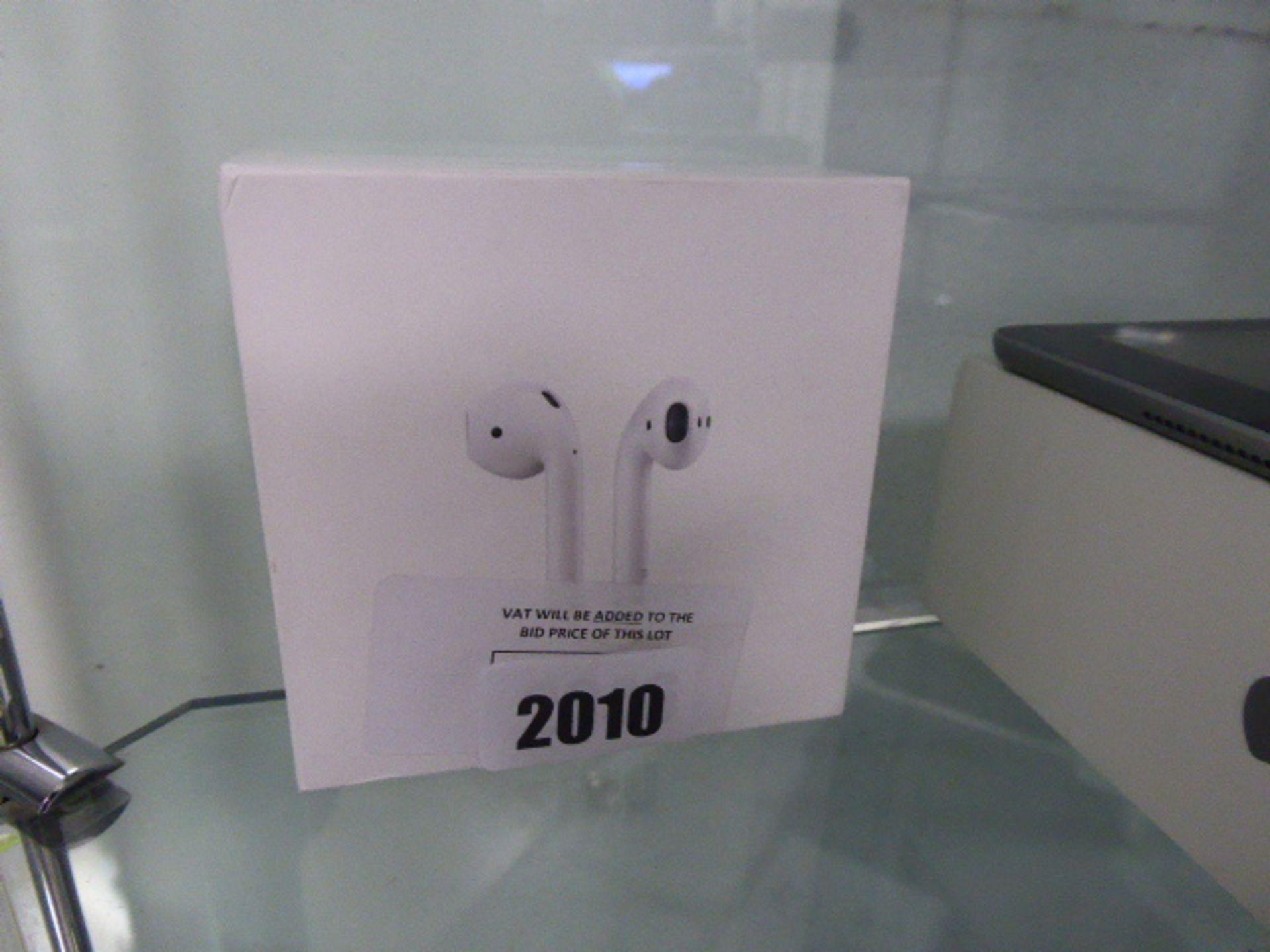 Lot 2010 - 2346 Apple Air Pod 1st Generation in box