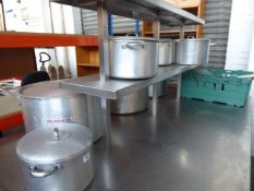 8 Aluminium cooking pots with handles and lids plus a tray of stainless steel items