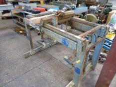 Conquip CA150 block lifter