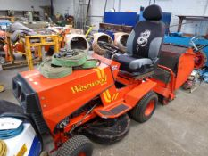 Westwood T1200 ride on tractor lawn mower with grass collector