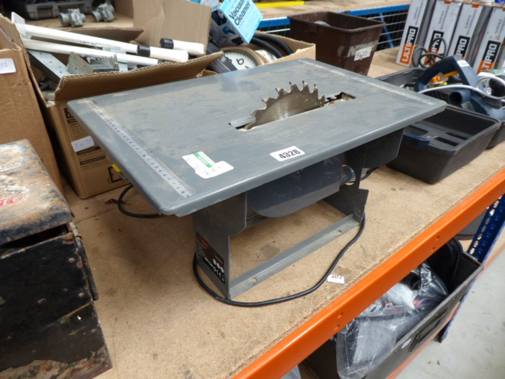 Lot 4328 - Small woodworking saw bench