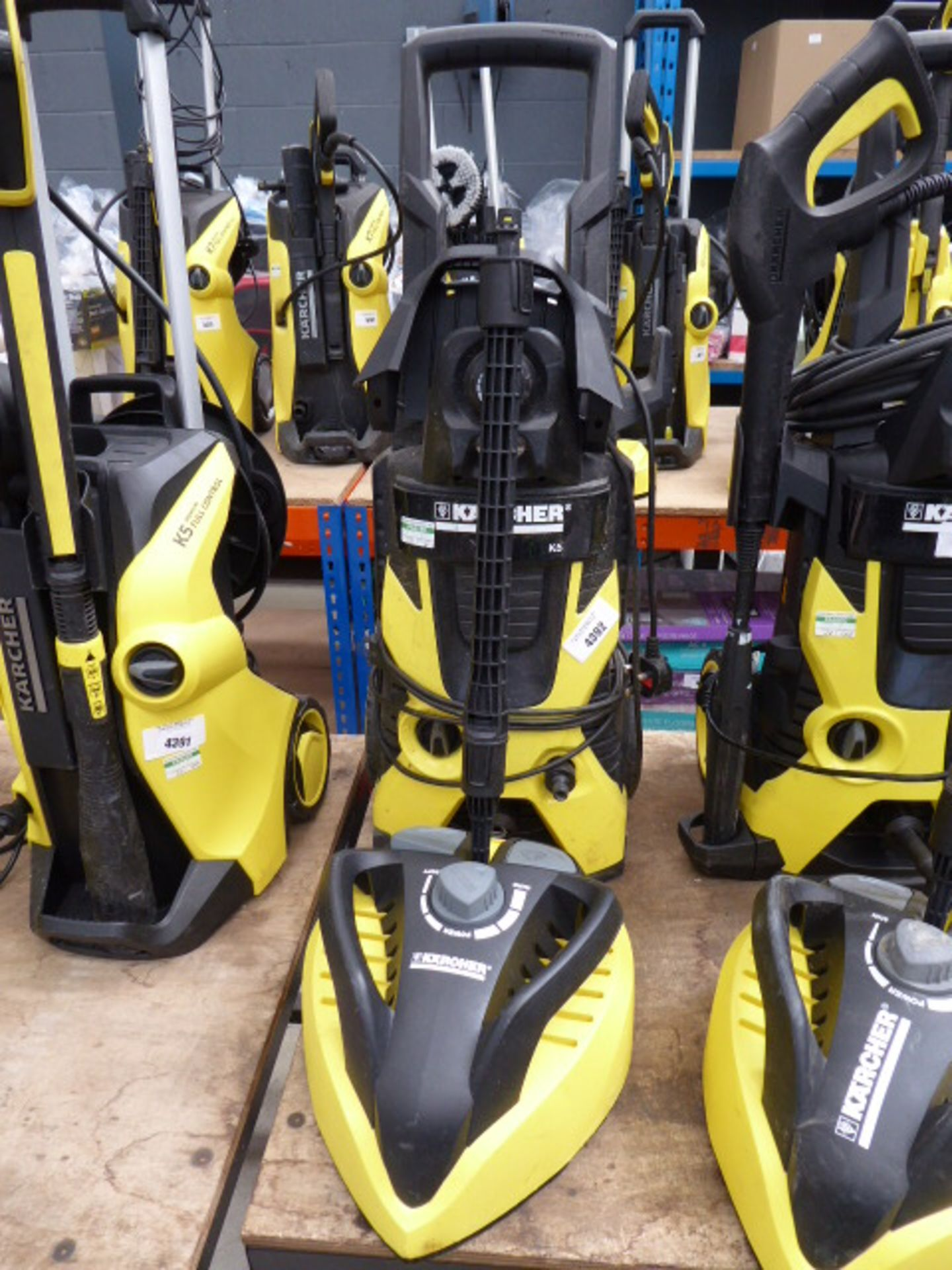 Lot 4392 - Karcher K5 electric pressure washer with patio cleaning head