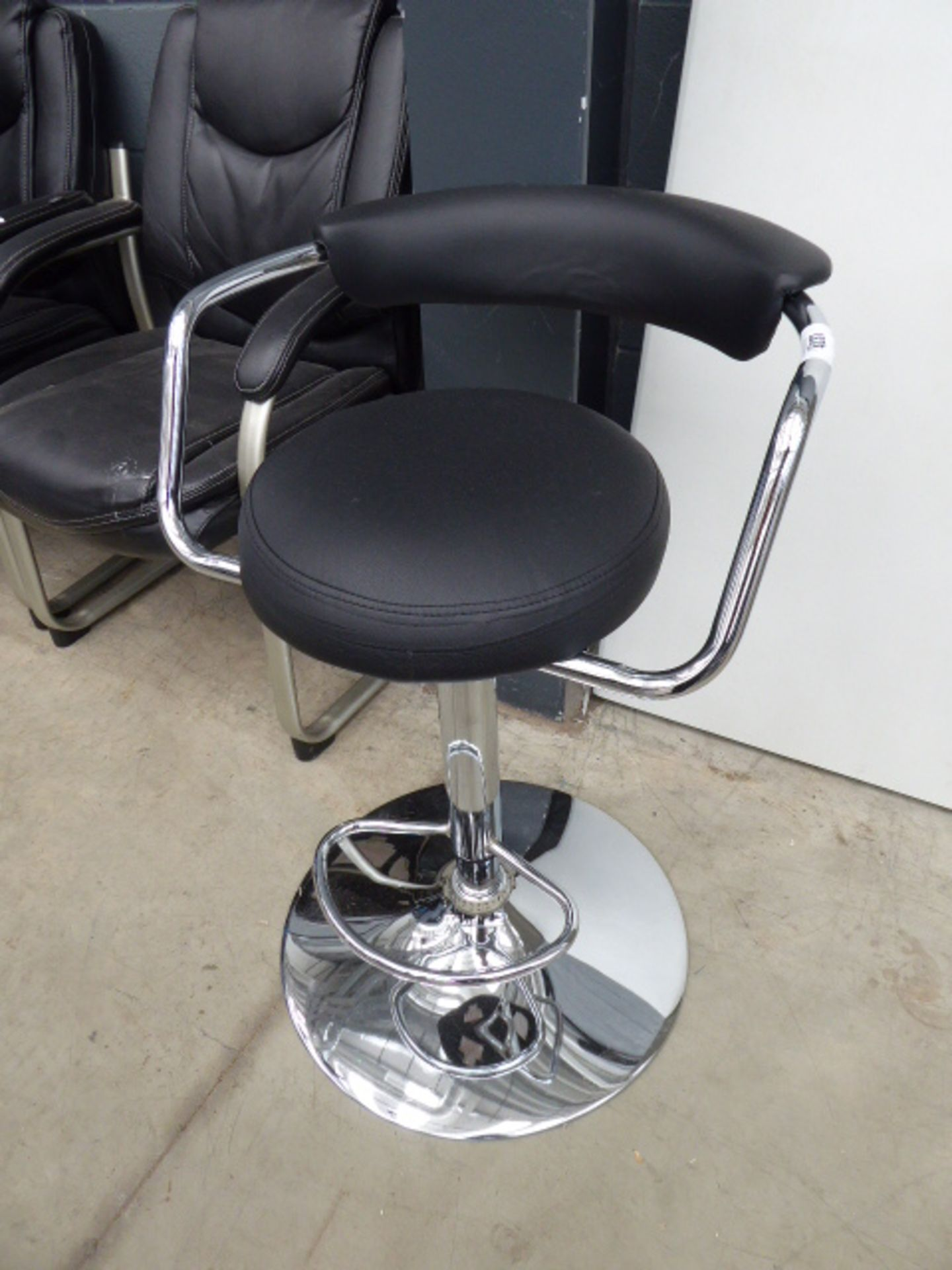 Lot 4237 - 4256 Chrome bar stool