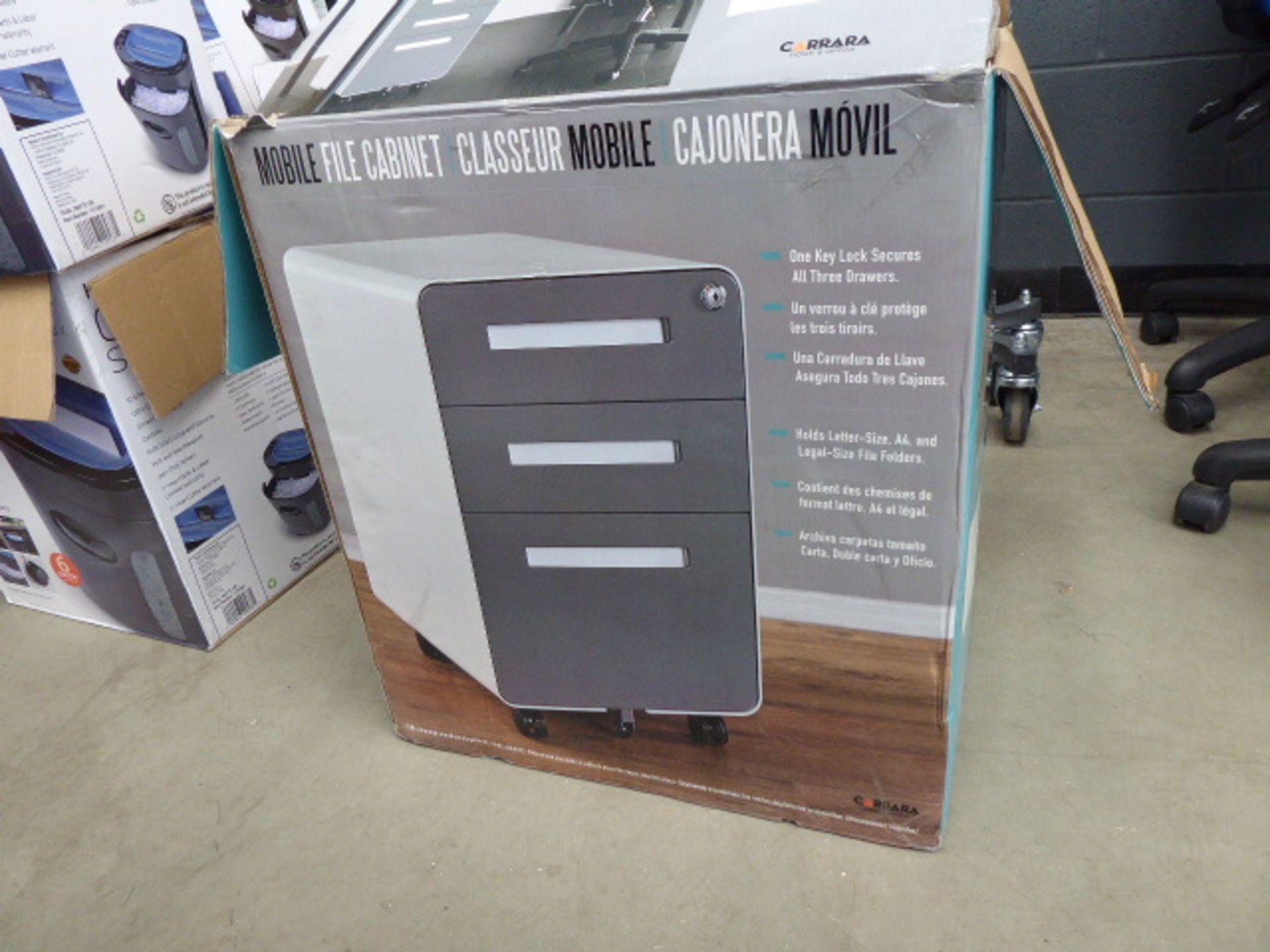 Lot 4244 - Modern design mobile small filing cabinet