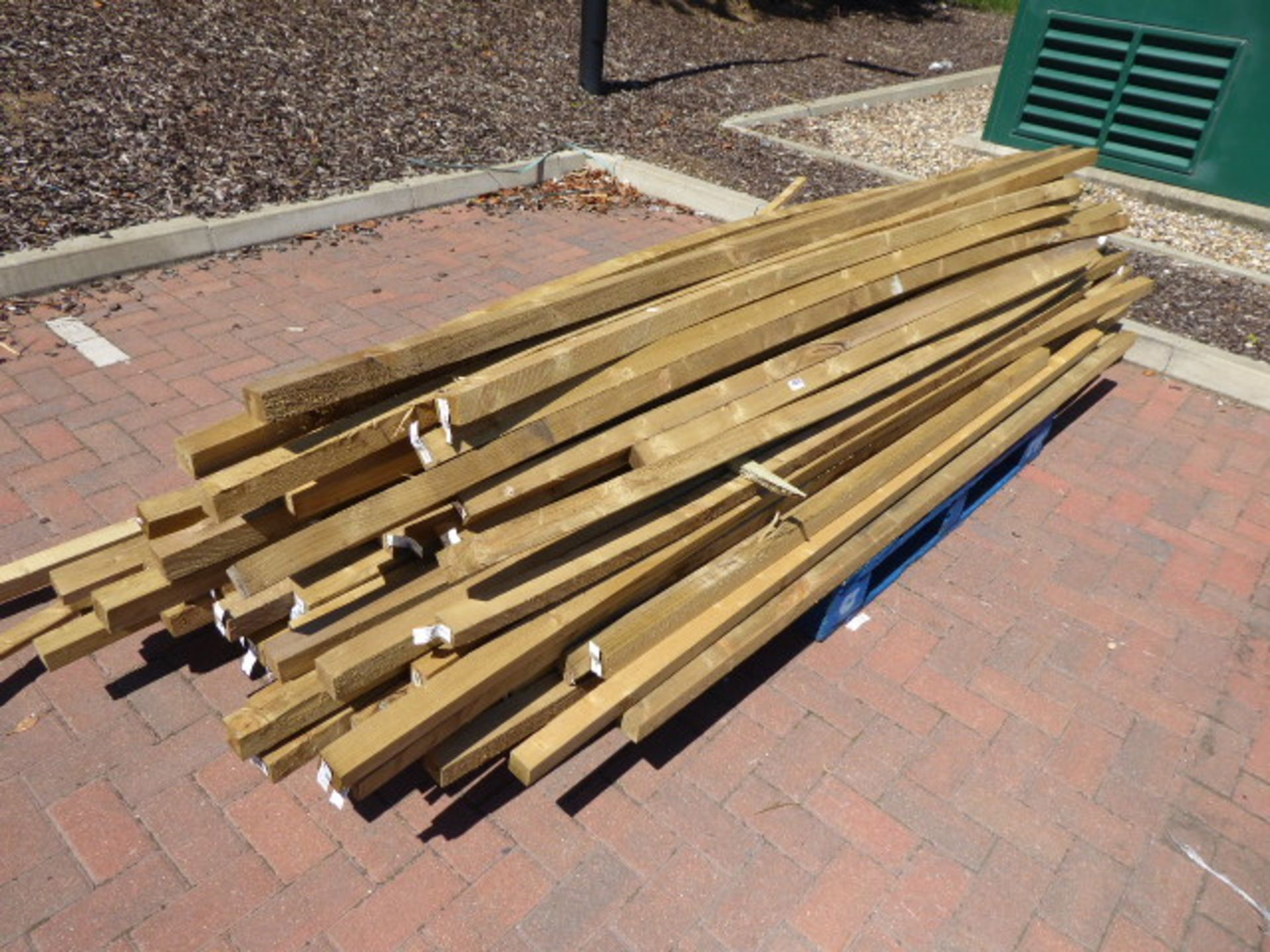 Lot 4129 - 4134 Pallet of assorted timber