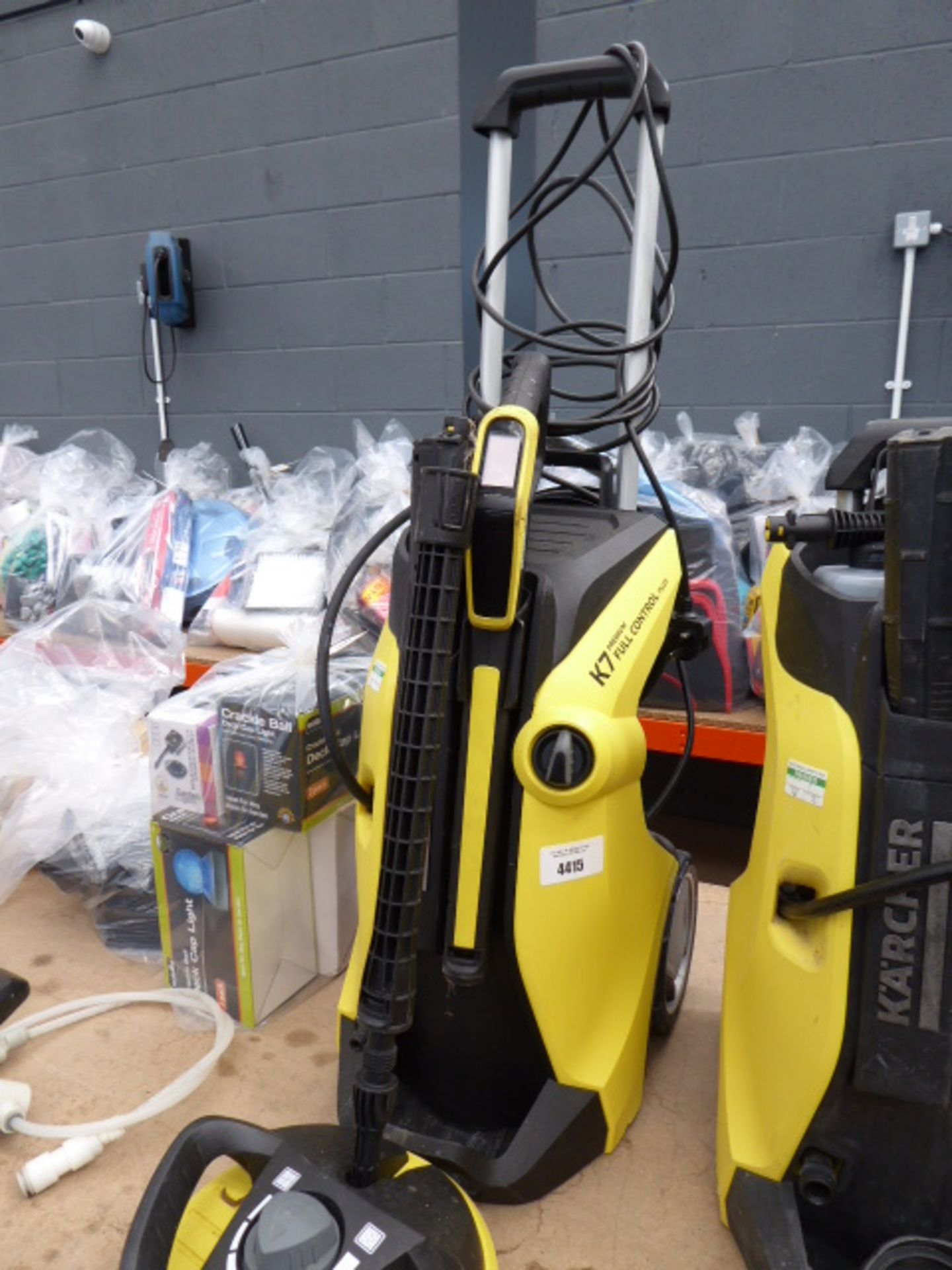 Lot 4415 - Karcher K7 premium full control pressure washer with patio cleaning head