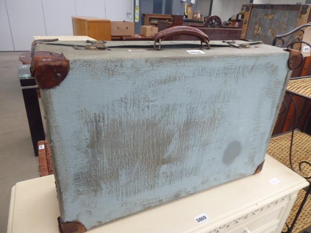 Lot 5068 - Green canvas de-mob suitcase