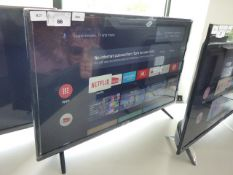 (R25) TCL 32'' TV model number 32E5568 with remote and box B68