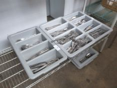 5 grey plastic cutlery totes, 3 containing a large quantity of matching patterned stainless steel