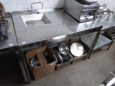135cm stainless steel station with a shallow hand basin and tap set