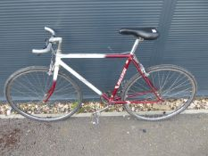Raleigh white and red single speed vintage racing style cycle