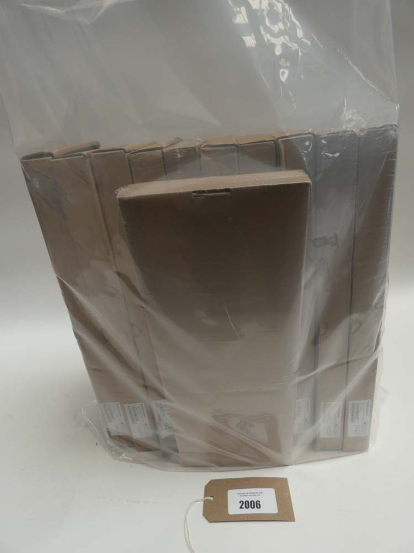 Lot 2006 - Bag containing 11x Sagecom routers
