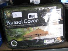 Gardman parasol cover