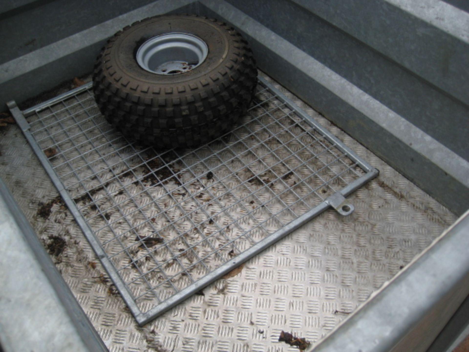 Lot 4131 - A.D. Morton galvanized Livestock trailer, 43'' x 61'' (depth 35''), low ground pressure tyres,