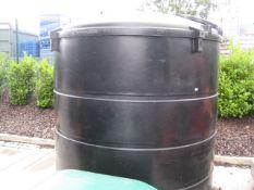 5000 litre Deso bunded water tank
