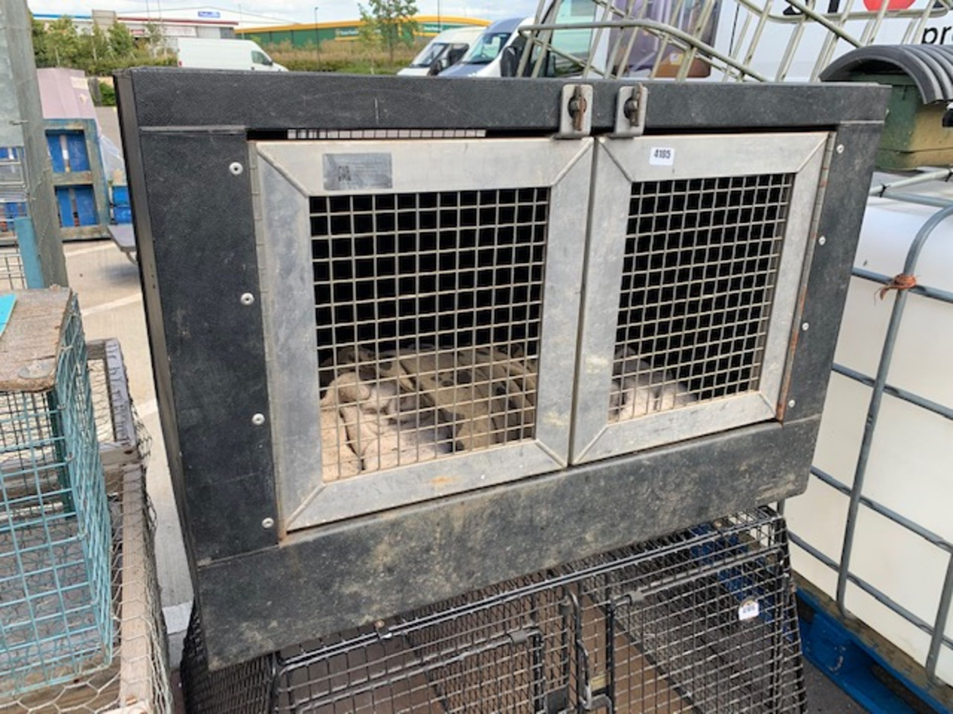 Lot 4105 - CAB Dog transit box with stainless steel doors (double)
