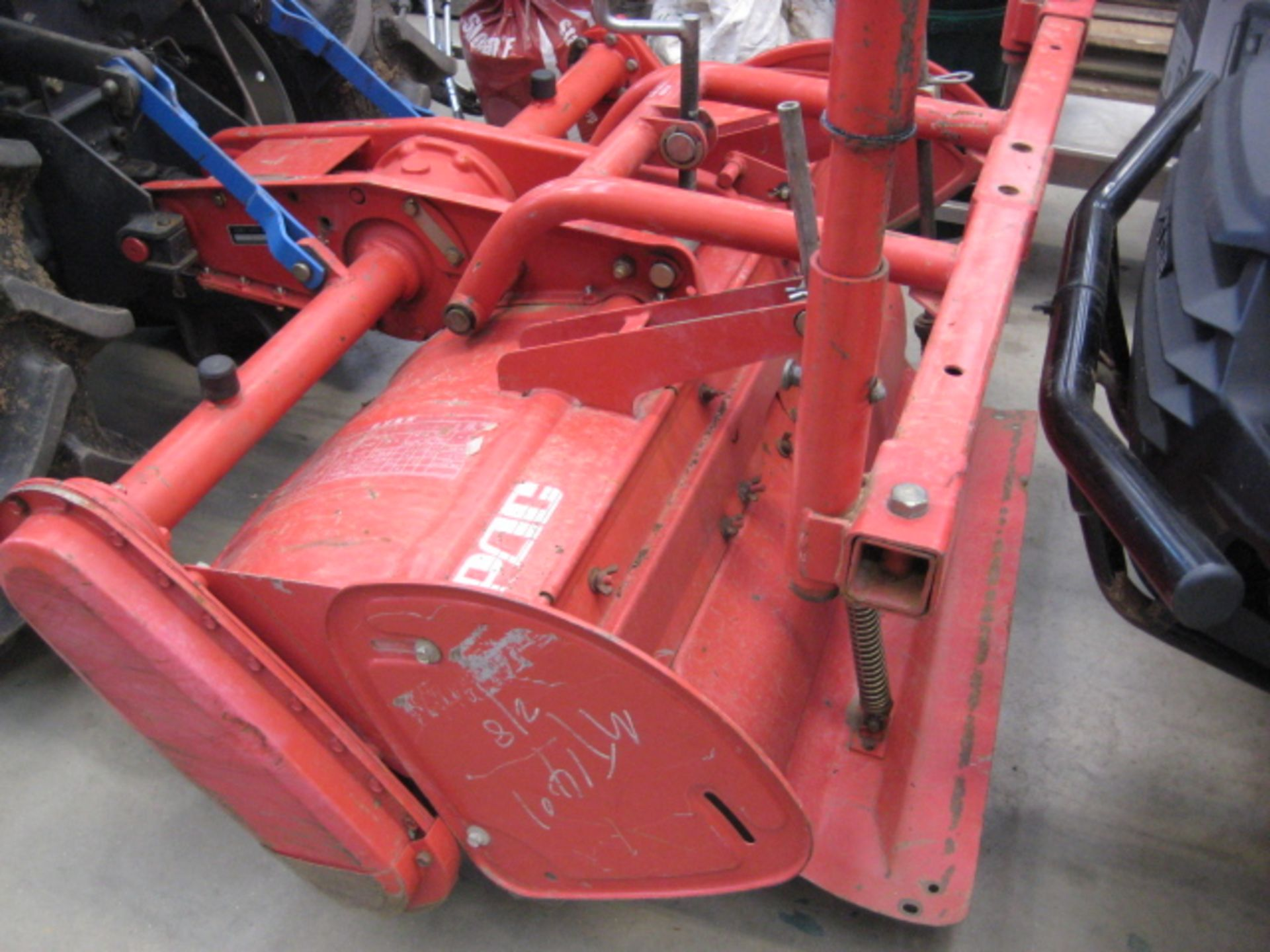Lot 4024 - Mitsubishi MT1401D DX 4x4 compact tractor, K3B-13A 3 cylinder diesel showing 1058 hours, with