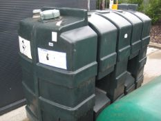Titan 1000 litre (approx.) vertical oil tank