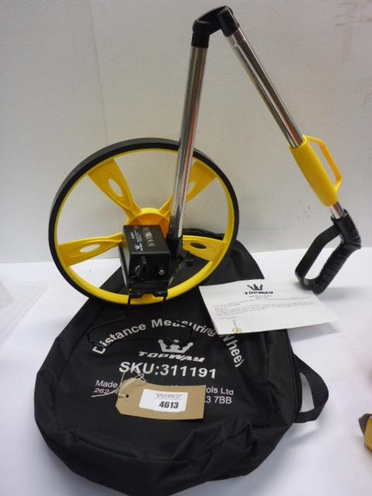 Lot 4613 - Distance measuring wheel