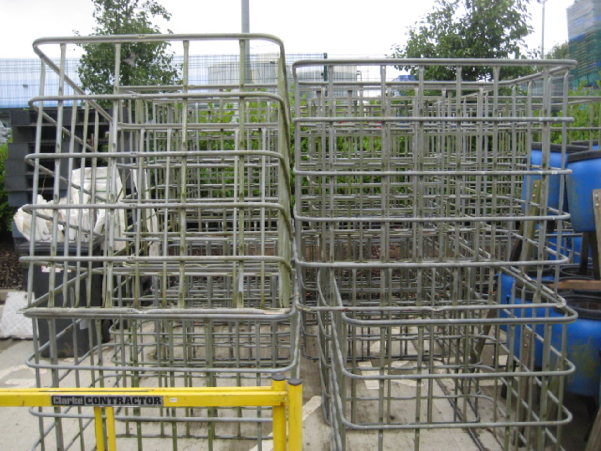 Lot 4120 - 16 various IBC container galvanized cages