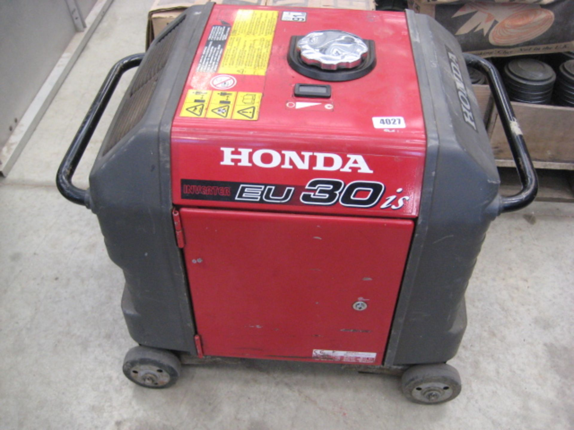 Lot 4027 - Honda Eu30is 3kVA petrol generator 12v/230v on castors