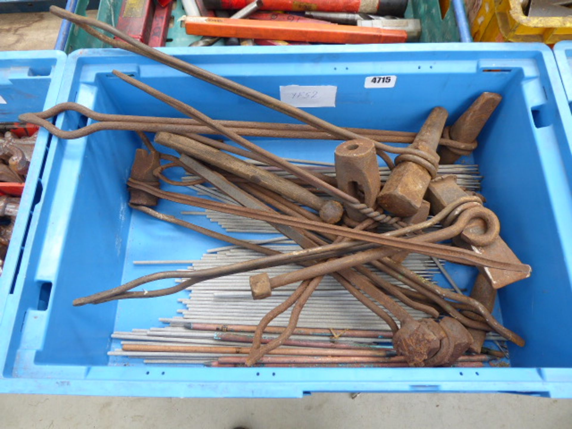 Lot 4715 - Box containing a quantity of welding rods and welding tools