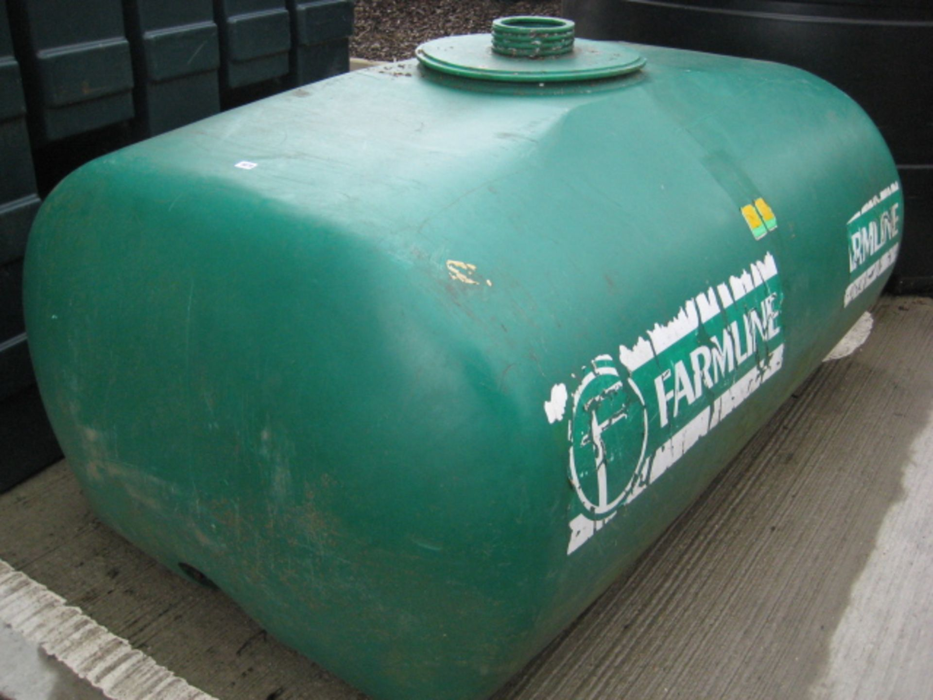 Lot 4079 - Large green water bowser