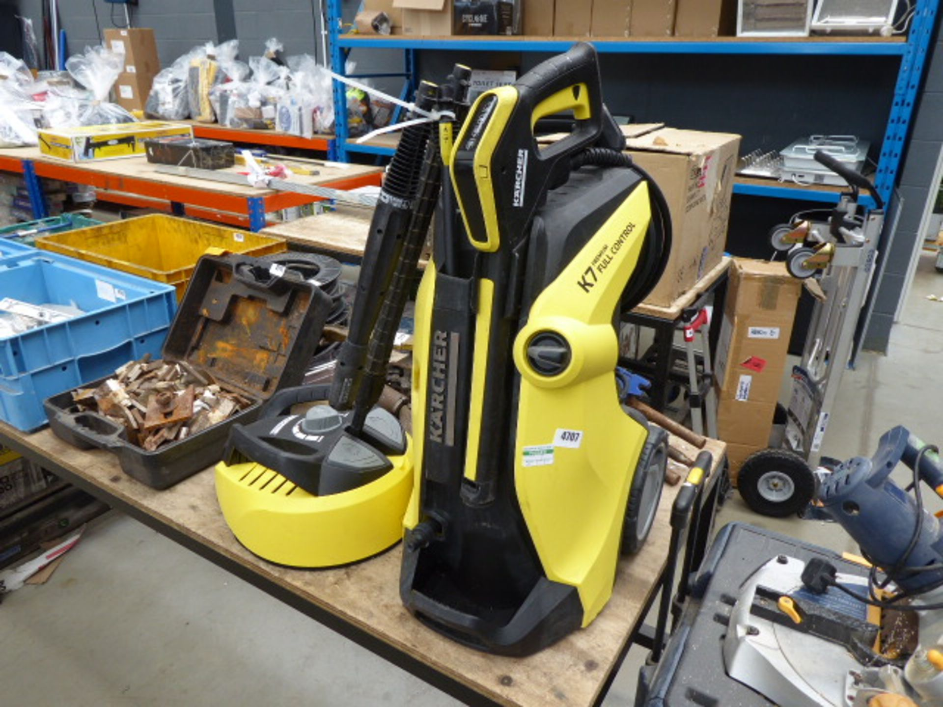Lot 4707 - Karcher K7 electric pressure washer with patio cleaning head