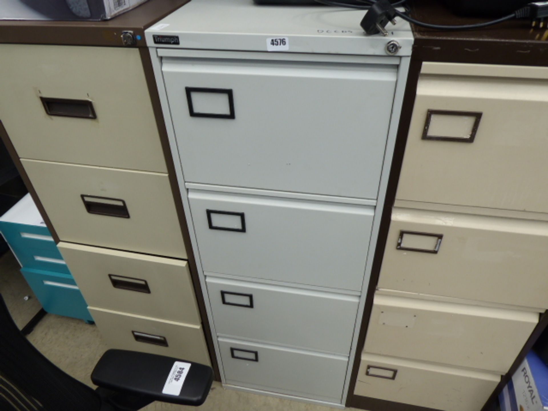 Lot 4576 - Grey metal 4 drawer filing cabinet