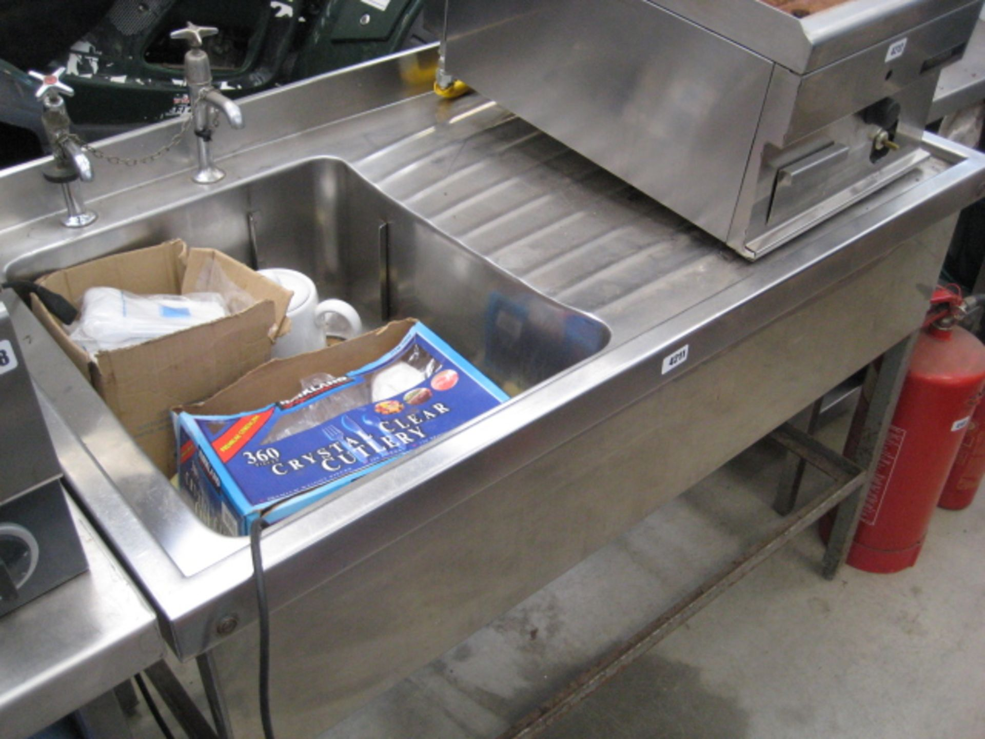 Lot 4211 - Stainless steel sink with drainer