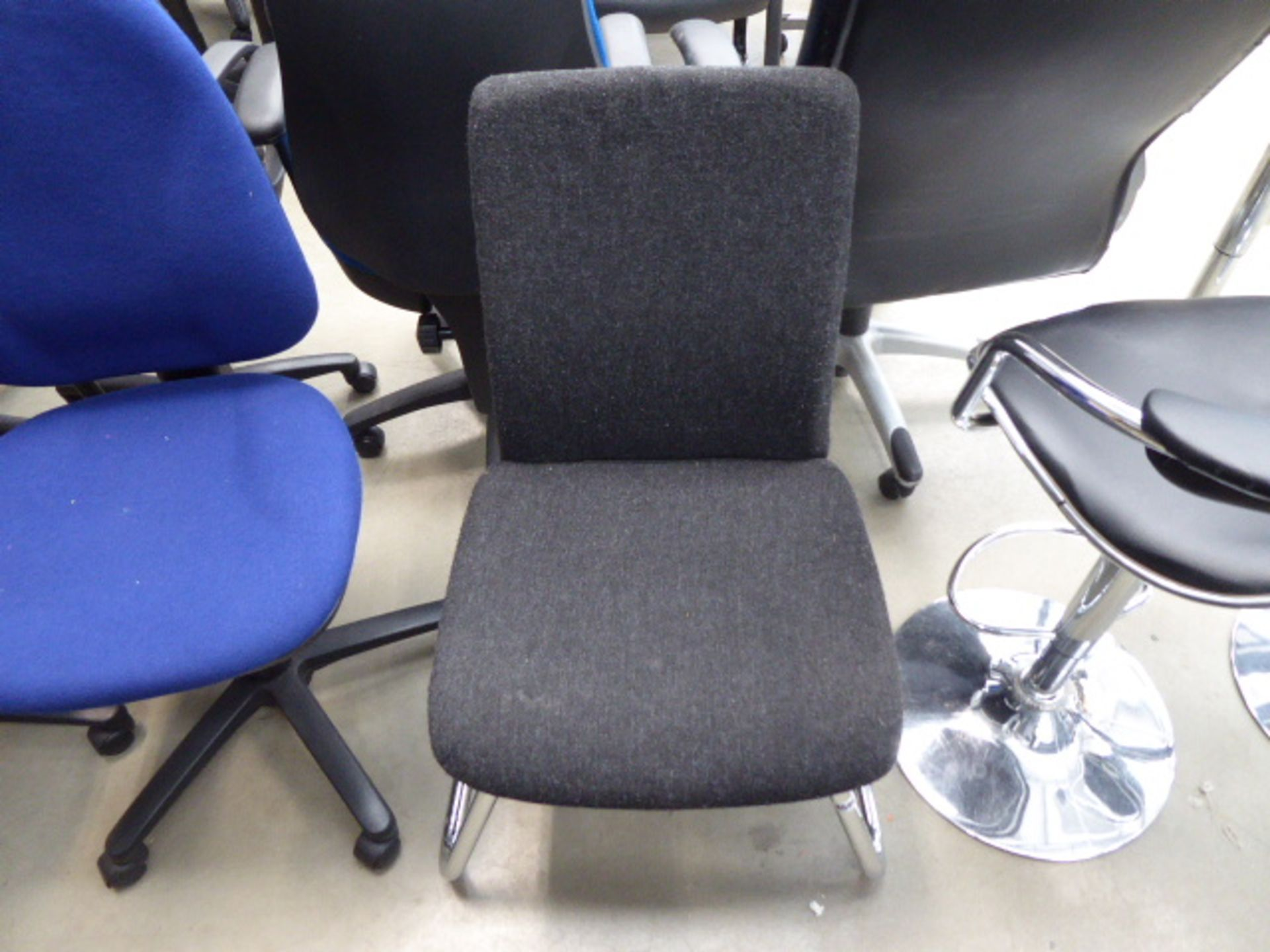 Grey cloth slide frame chair