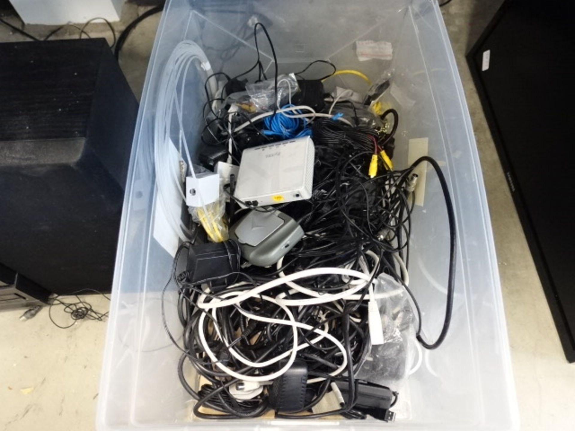 Lot 2494 - Box containing various cabling, power supplies, etc