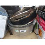 Unboxed halogen cooker