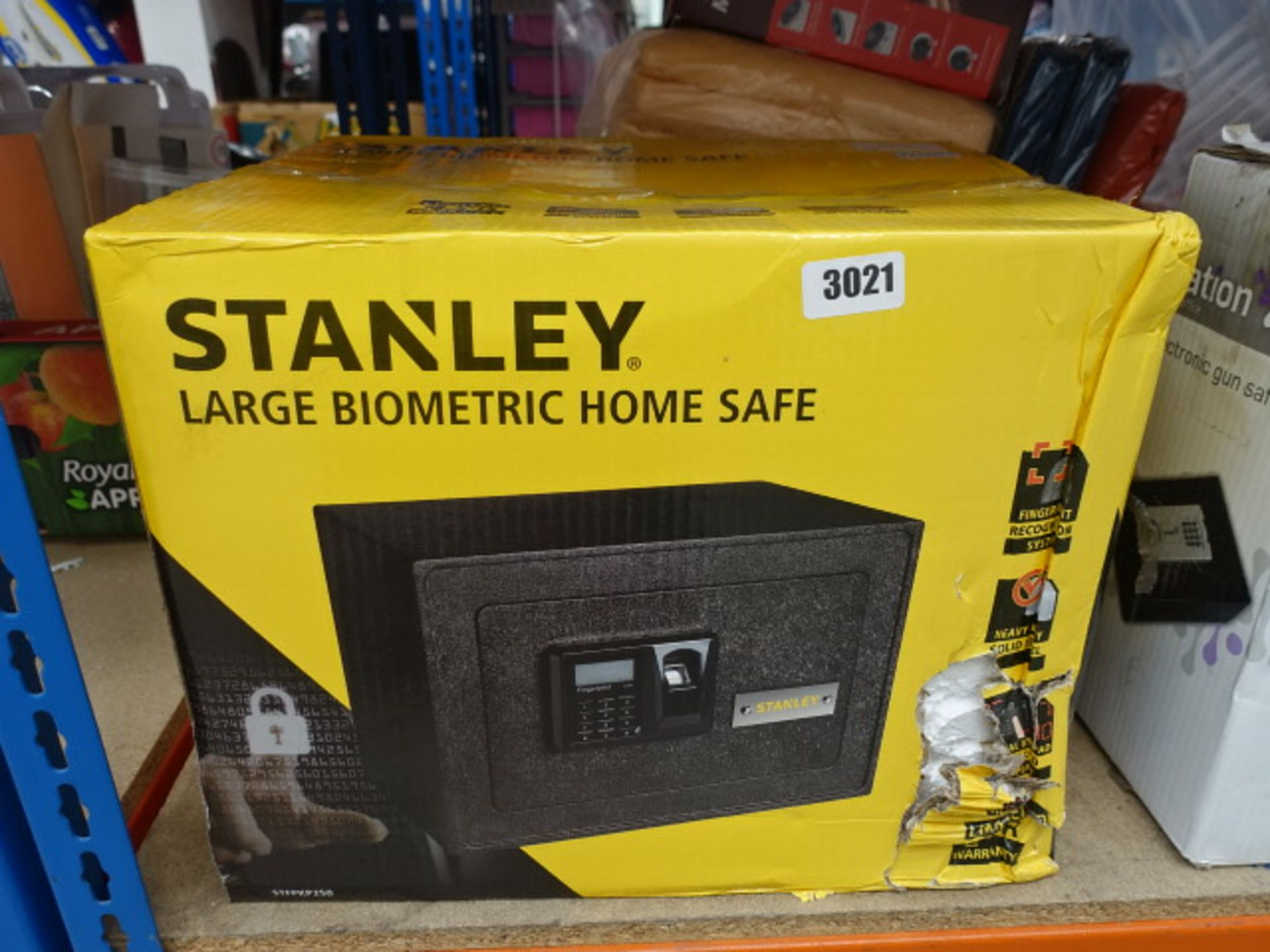 Lot 3021 - Stanley large biometric safe