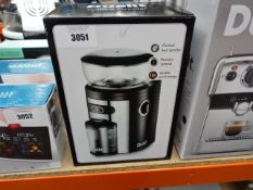 Boxed Dualit coffee grinder