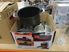 Box containing mixed Kirkland pots