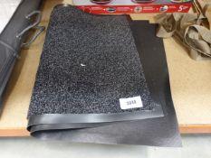 2 outdoor mats