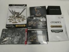 Bag containing quantity of various Warhammer sets
