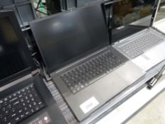 Razor laptop core i7 8th gen processor, 16gb ssd, 2tb hdd, with power supply (laptop has damaged
