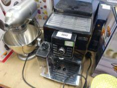 (35) Delonghi coffee machine