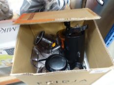 Boxed juicer