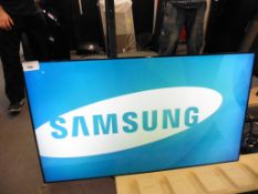 Samsung model UE46C colour display screen with remote (manufactured 2013)