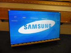 Samsung model LH95MEC professional display screen with Edge LED technology, FHD remote control and a