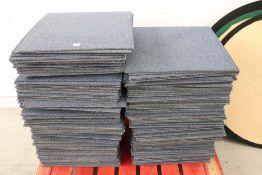 Approx. 100 blue square carpet tiles