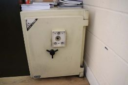 Large Leigh Safes 'Westcliff 2' key lock safe with key