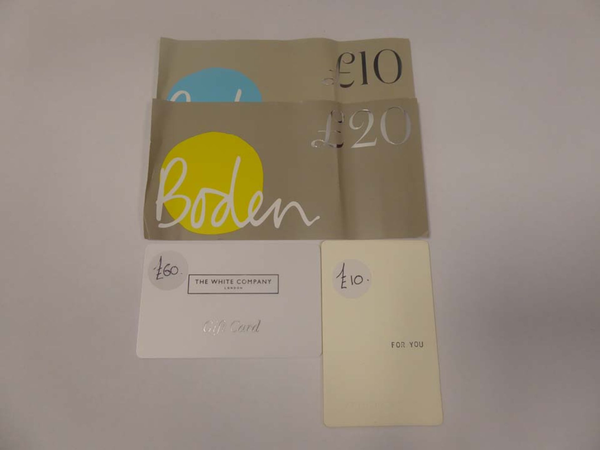Various : Fashion (x3) - Total face value £100