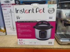 Boxed InstantPot multiuse pressure cooker (61)