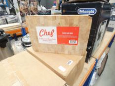 Box containing approx 6 professional chopping boards